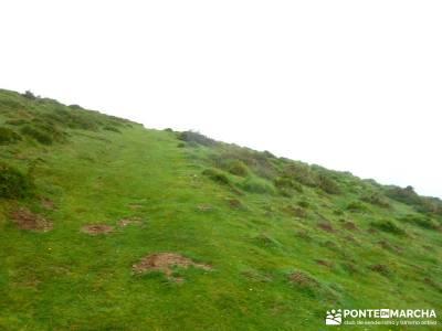Valle del Baztán - Elizondo - Zugarramurdi; equipo senderismo verano; verano senderismo